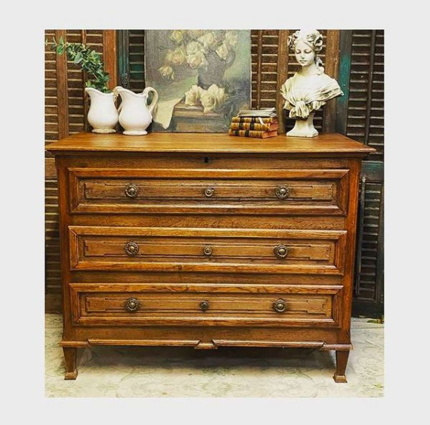 French chest of drawers early 19th century