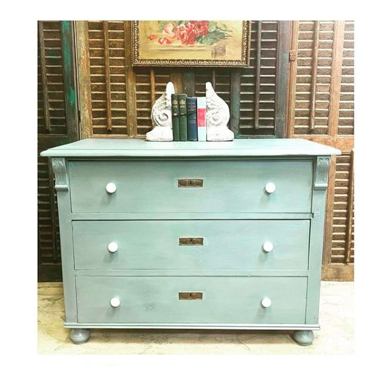 Dreamy Dutch chest of drawers