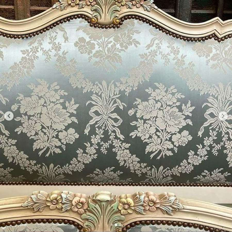 French Corbeille bed